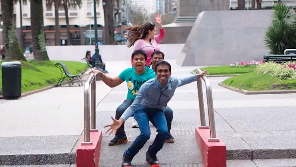Indios felices de vivir en Montevideo